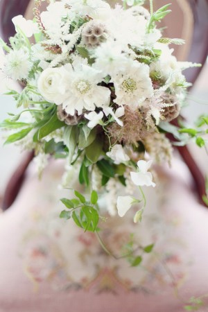White-and-Green-Woodsy-Bouquet