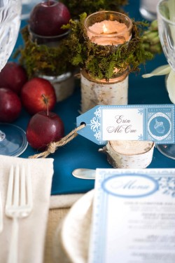 Winter-Wedding-Place-Setting