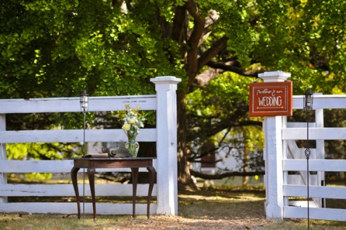 welcome-desk-at-fence
