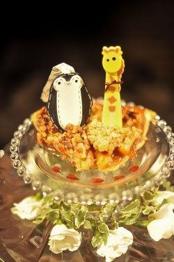 wood-cut-out-animal-cake-topper