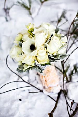 Anemone-Rose-Bouquet
