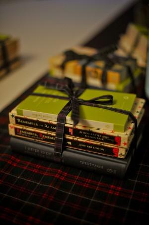 Book-Wedding-Favors