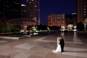 Classic-Nashville-War-Memorial-Wedding-Mary-Rosenbaum-Photography