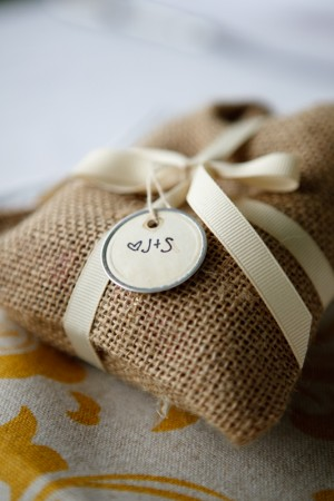 Coffee-Burlap-Bag-Favors