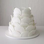 Doily-Cake
