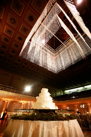 Dramatic-Crystal-Ballroom-Chandelier