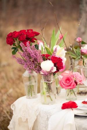 Flowers-in-Jars-Centerpiece