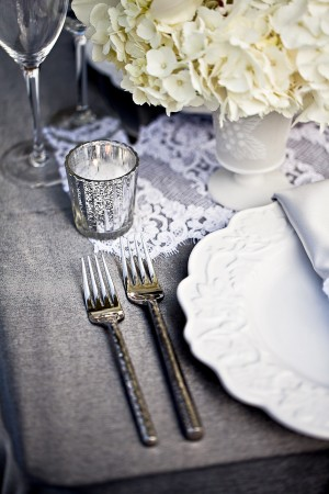 Gray-White-Winter-Table