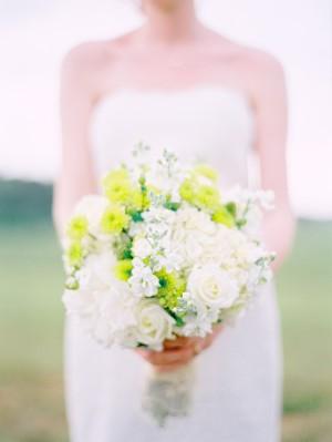 Hydrangea-Mum-Sweet-Pea-Bouquet