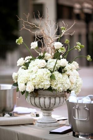 Hydrangea-and-Rose-Urn-Centerpiece