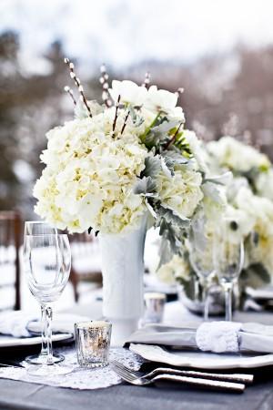 Ivory-Pewter-Wedding-Table