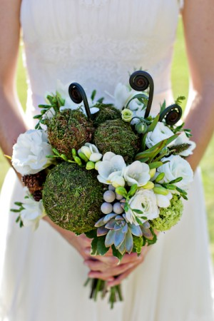 Moss-and-Monkey-Tail-Bouquet