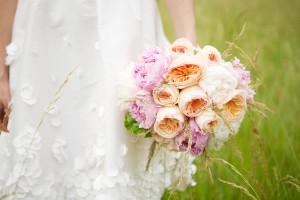 Peach-Pink-Ranunculus-Peony-Bouquet