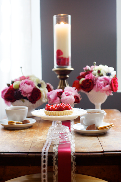 Pink-Red-Valentines-Day-Wedding-Tabletop-2