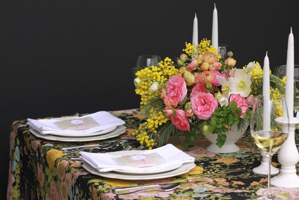 Pink-Yellow-Black-Elegant-Wedding-Centerpiece-1