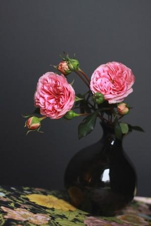 Pink-Yellow-Black-Elegant-Wedding-Centerpiece-8