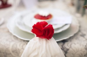 Red-Tulle-Flower-Napkin-Ring