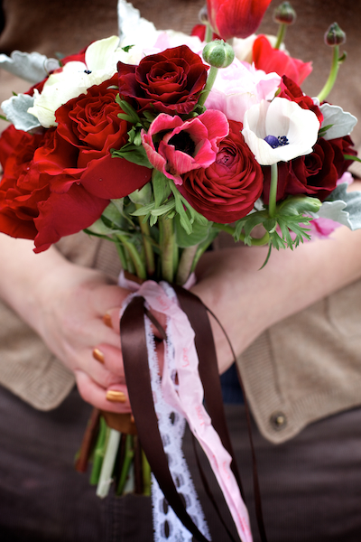 Ribbon-Tied-Bouquet-2
