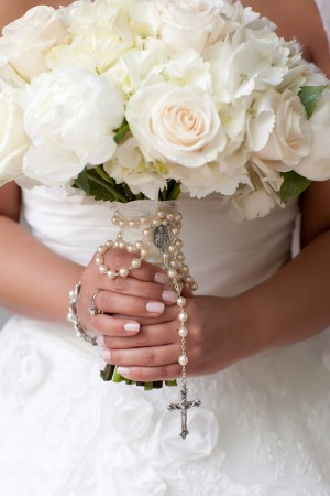 Rose-and-Hydrangea-Bouquet