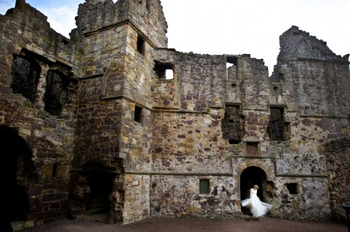 Scotland-Dirleton-Castle-Bridal-Portraits-Rebekah-J-Murray-1