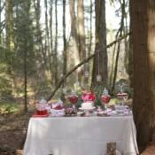 Valentines-Day-Dessert-Table-10