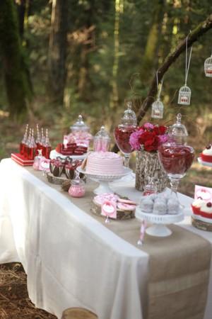 Valentines-Day-Dessert-Table-12