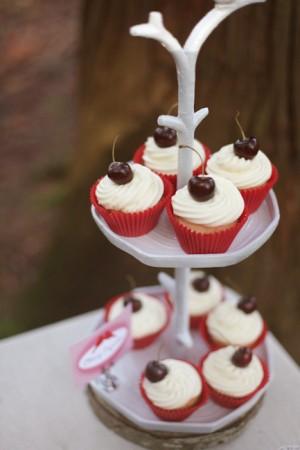 Valentines-Day-Dessert-Table-14