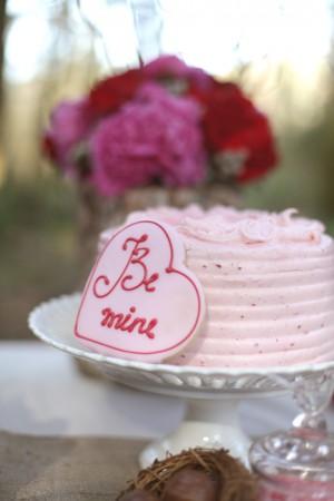 Valentines-Day-Dessert-Table-15