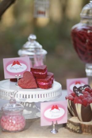 Valentines-Day-Dessert-Table-16