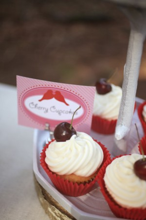Valentines-Day-Dessert-Table-4
