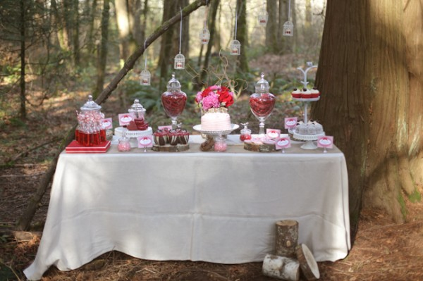 Valentines-Day-Dessert-Table-9