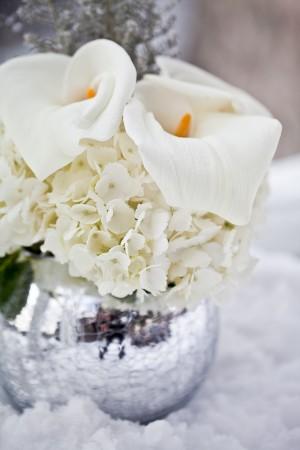 Winter-White-Centerpiece-Silver-Vase