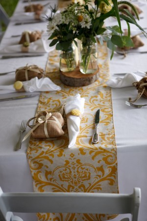 Yellow-and-White-Wedding-Table