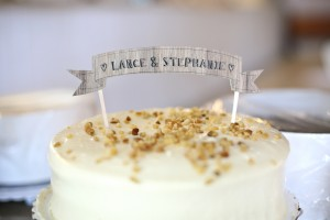 wedding_cake_with_banner