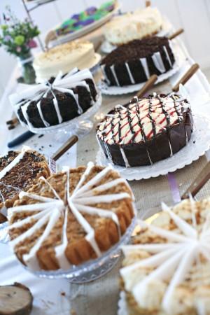 cake_dessert_table