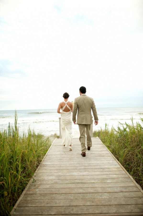 Beach-Wedding-Figure-8-Island