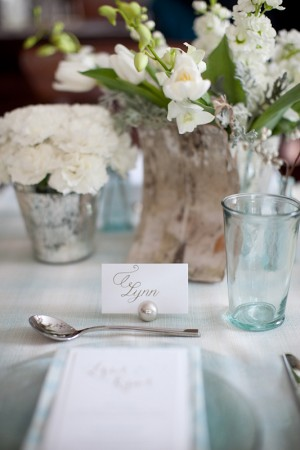 Birch-Wood-and-Blue-Glass-Centerpiece
