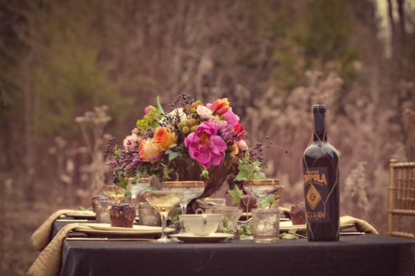 Black-Gold-Purple-Luxury-Tabletop