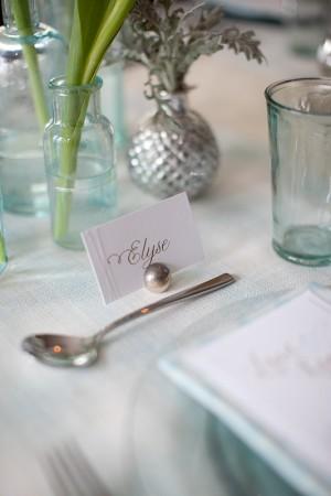 Blue-Glass-Wedding-Table-Ideas