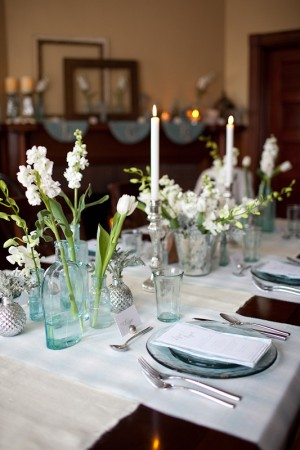 Blue-Glass-White-Flower-Centerpiece