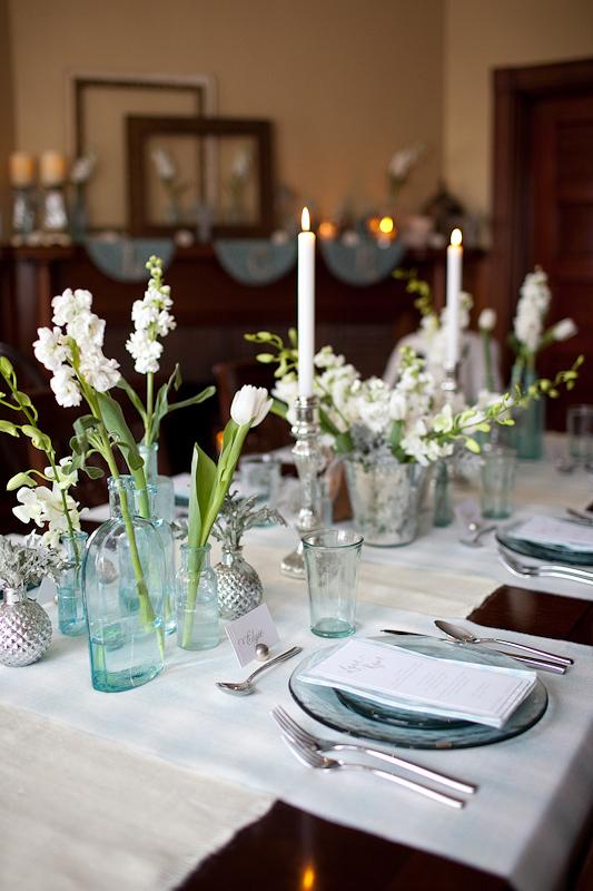 Blue glass white flower centerpiece elizabeth anne designs the blue glass white flower centerpiece mightylinksfo