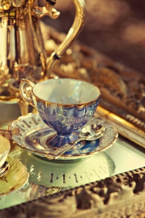 Blue-Gold-Vintage-China-Wedding