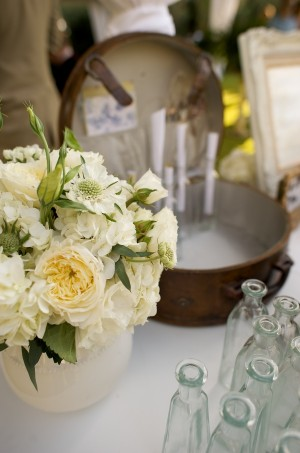 Cream-Ranunculus-Hydrangea-Flowers