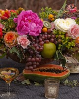 Elegant-Fruit-Centerpiece
