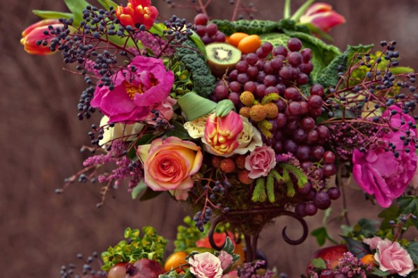 Luxury-Purple-Green-Flower-Fruit-Centerpiece