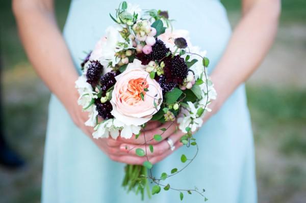 Peach-Blackberry-Woodland-Bouquet
