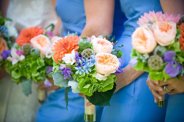 Peach-Blue-Green-Bouquets