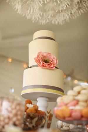 Peach-and-White-Buttercream-Cake