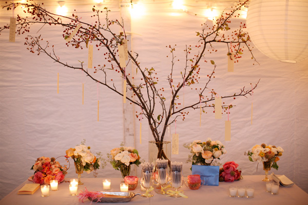 escort-cards-tied-to-tree