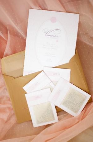 Confetti-Invitations